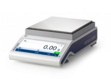 lab-balance-scales